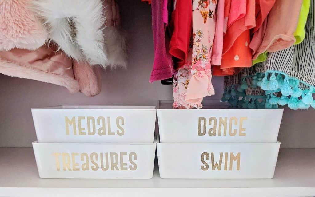 kids closet organization ideas that help kids to organize on their own