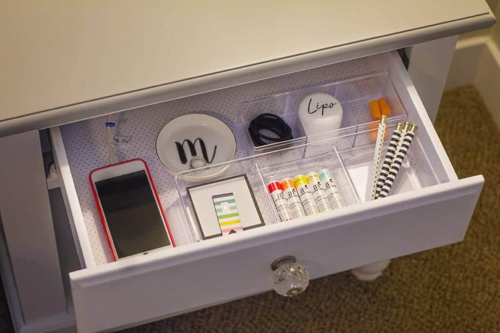 nightstand organization ideas