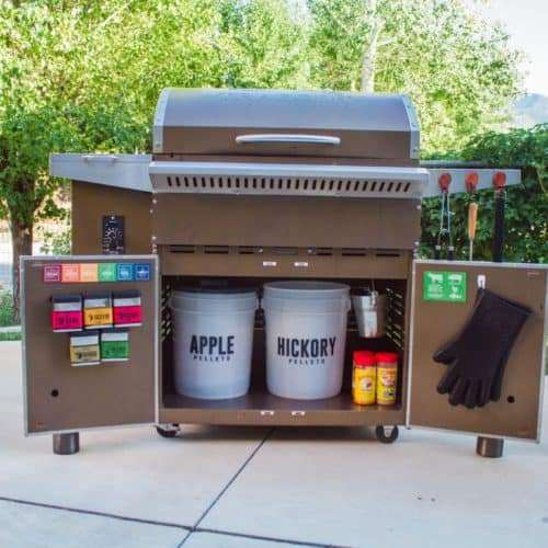 How to Create An Organized Outdoor Grilling Station