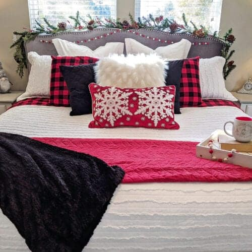 10 Budget-friendly Tips On How To Decorate Your Bedroom For Christmas